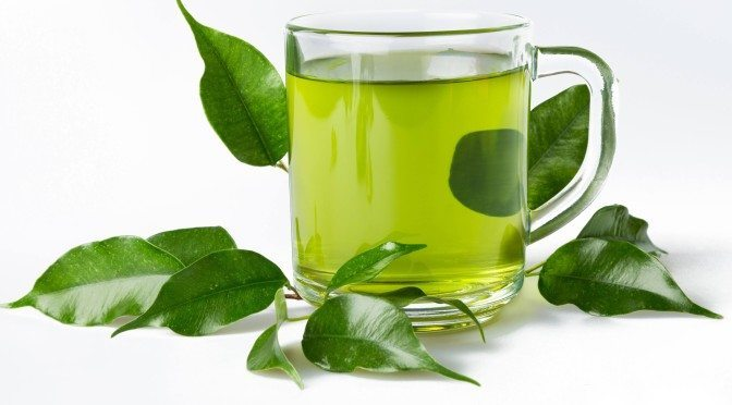 Seven Things You Need To Know About Green Tea and Caffeine