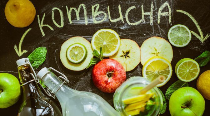 7 Reasons to Drink Kombucha