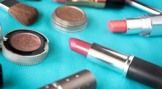 High Levels of Toxicity Are Drastically Reduced In the Body After Women Switch To Natural Make-Up